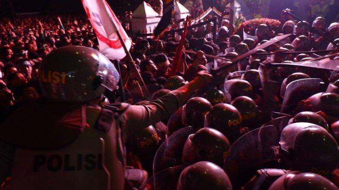 Pihak DPRD Jabar Mulai Perbaiki Sejumlah Fasilitas yang Rusak Akibat Demonstrasi