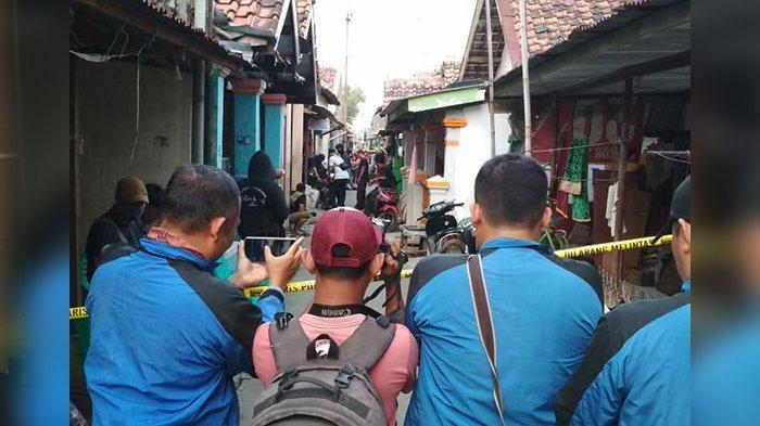 Lagi, Densus 88 Tangkap Terduga Teroris di Kota Cirebon, Sehari-hari Jual Pulsa