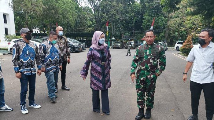 Saat Desy Ratnasari Safari ke Kodam III/Siliwangi: Pangdam Itu Jauh Dari Kesan Militer
