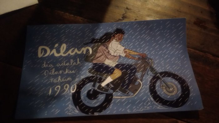 Filmnya Laris Dipasaran, Kini Muncul Prangko Dilan 1990, Begini Penampakannya