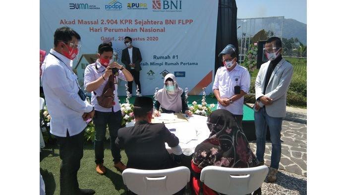 Meriahkan Hari Perumahan Nasional, BNI Gelar 2.904 Akad KPR Massal di Garut dan Cianjur