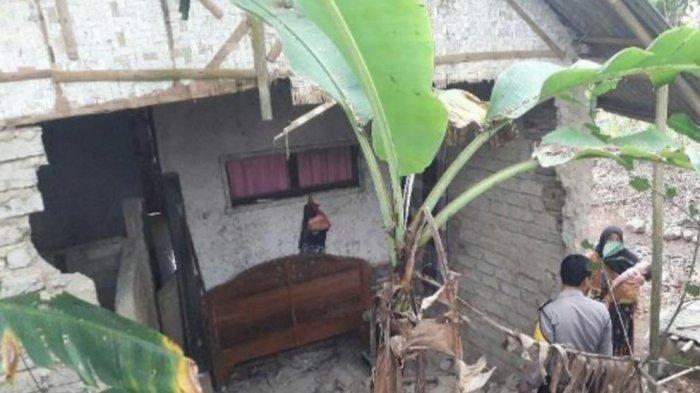 Dampak Gempa Banten, Dinding Rumah Warga di Tasik Ambruk, Pemilik Rumah Selamat