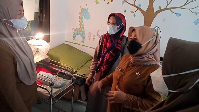 Dinsos Tak Punya Fasilitas Medis, Bayi yang Dibuang di Masjid Pangandaran Dititipkan di Puskesmas