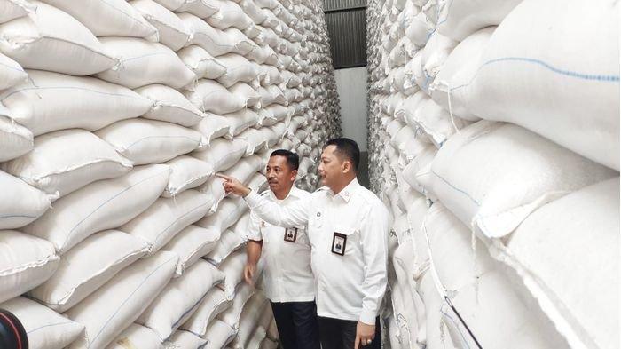 Ketua DPRD Purwakarta Apresiasi Kinerja Bulog soal Beras Bansos Terdampak Covid-19