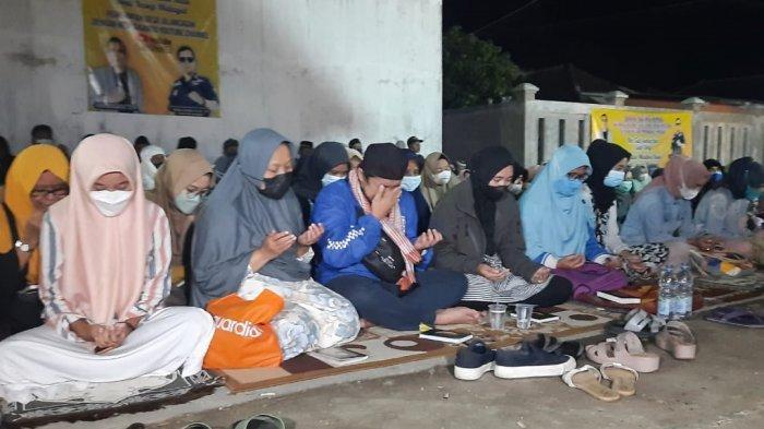Doa bersama untuk mendiang Tuti dan Amalia korban kasus Subang