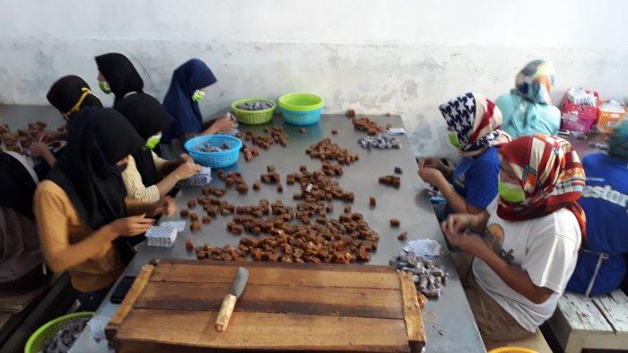 Permintaan Dodol Meningkat Jelang Lebaran, Produsen Buat Sampai Puluhan Ton Dodol