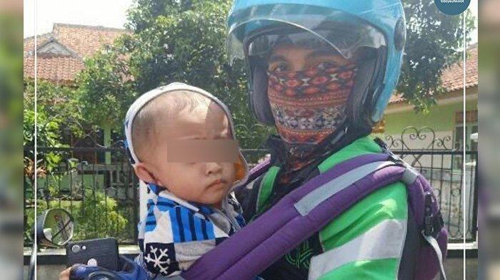 Cerita Mengharukan, Driver Ojol di Bandung Gendong Bayi Saat Bekerja, Istrinya Wafat Ketika Hamil
