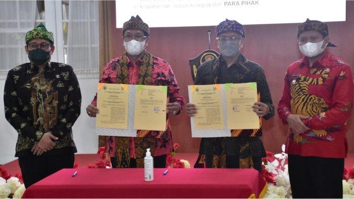 Menteri Desa Apreaiasi e-SAKIP Desa Sumedang