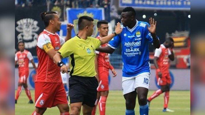 7 Laga Tunda Liga 1 2019 Digelar November, Kapan Persib Bandung vs Arema FC ?