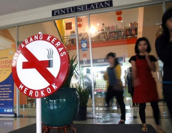 Merokok Sembarangan Bisa Didenda Rp 500 Ribu, Peraturan Bupati Mulai Diberlakukan di Majalengka