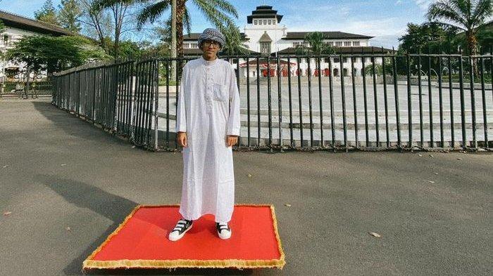 Mengenal Sosok Aladin Bagi-bagi Sembako di Bandung, Ternyata Dilakukan Bukan Cuma di Masa PPKM
