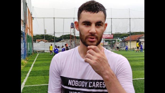 BERITA TERPOPULER Persib Bandung: Farshad Noor yang Kecewa dan Penolakan Liga 1 Tanpa Degradasi