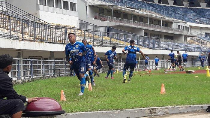 Winger Persib Bandung Febri Hariyadi sudah kembali berlatih setelah ikut TC Timnas.