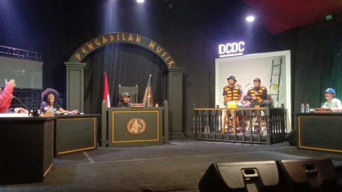 DCDC Pengadilan Musik yang menghadirkan Feel Koplo sebagai terdakwa.