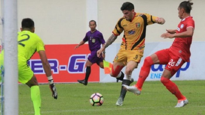Fernando Rodriguez, Pemain yang Cocok Gantikan Ezechiel Ndouasel di Persib Bandung Gabung JDT