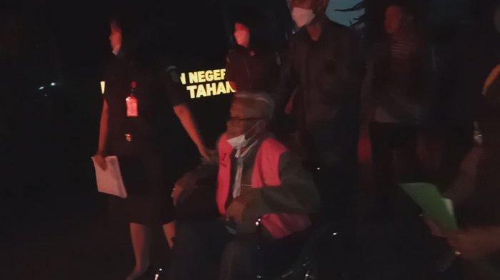 Mantan Anggota DPRD Garut yang Buron 13 Tahun Akhirnya Ditangkap, Sudah Pakai Kursi Roda