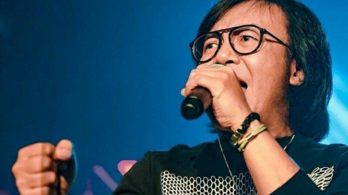 Penyanyi Ari Lasso Divonis Mengidap Kanker Langka, Istri Tak Menyangka dan Terpukul