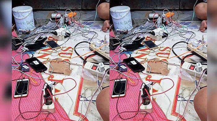 Cerita Unik di Balik Banjir Jakarta, Ada Foto Penyewaan Charger HP, Kabel-kabelnya Sampai Berserakan