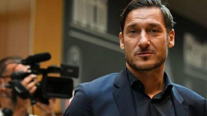 Kini Giliran Legenda AS Roma Ini Positif Covid-1, Bulan Lalu Sang Ayah Meninggal Karena Corona