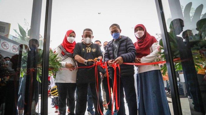 Tingkatkan Pendapatan UMKM, Pemkot Bandung Buka Galeri Salapak