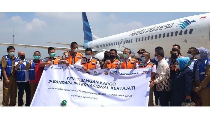 Dukung Pemulihan Ekonomi Jawa Barat, Garuda Indonesia Layani Penerbangan Khusus Kargo