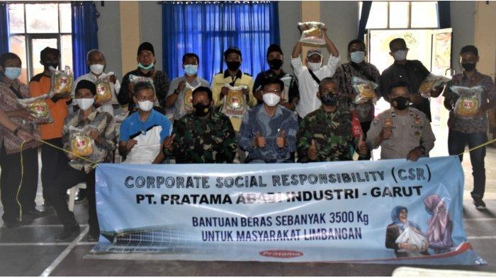 PT PRATAMA ABADI INDUSTRI Garut Donasikan 3.500 Kg Paket Beras, untuk 14 Desa di Limbangan