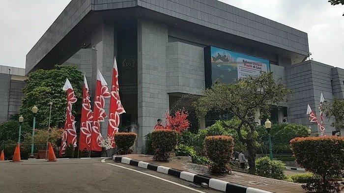 Ramai Gaji Anggota DPRD DKI Jakarta Rp 8,38 Miliar, Ini Rincian Pendapatan Mereka Sebelum Dibatalkan