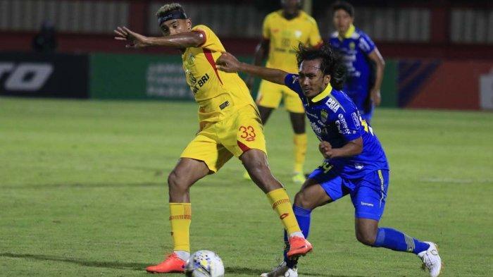 Belum Jelas Bersama Persib Bandung, Ezechiel Diwacanakan Dibarter dengan Bruno Matos