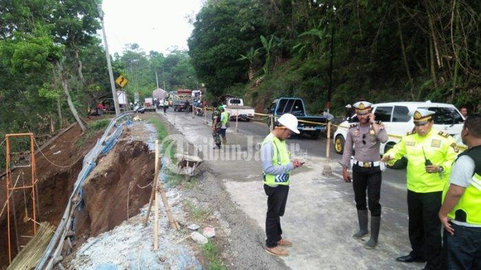 Jalur Gentong Kembali Longsor, Kendaraan Diimbau Lewat Singaparna