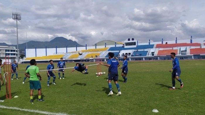 Pemain Persib Bandung Ghozali Siregar Keluarkan Jurus Terbang Lalu Salto, Gol, Semua Bertepuk Tangan