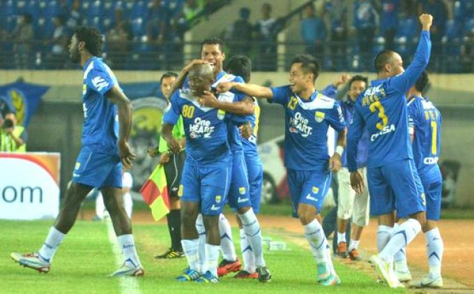 Kala Messi Jadi Penentu Kemenangan Persib di Stadion Angker, Maung Bandung Pulang Bawa Tiga Angka