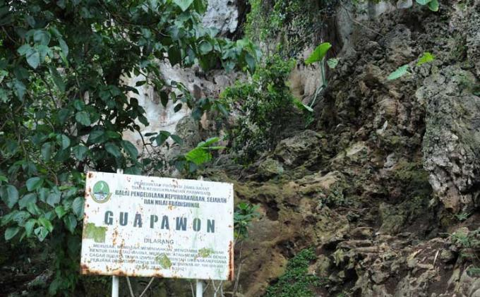 Wisata Napak Tilas Prasejarah di Gua Pawon