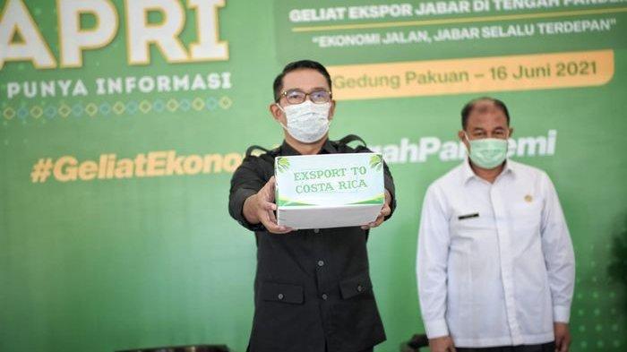 Ridwan Kamil Lepas Ekspor 23 Ton Produk Kelapa Parut Kering yang Digemari Warga Dunia ke Kosta Rika