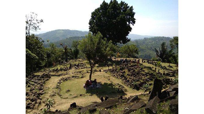 Gunung Padang di Kampung Gunung Padang, Desa Karyamukti, Kecamatan Campaka, Cianjur, Senin (10/6/2019).