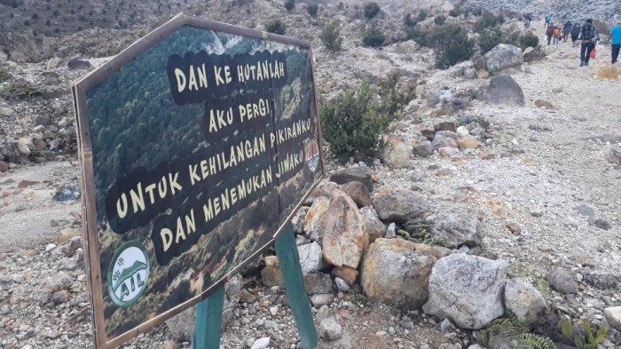 Cuaca Dingin Diperkirakan Tak Pengaruhi Jumlah Wisatawan Gunung Papandayan