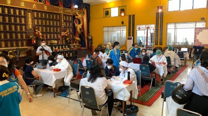 Kolaborasi Masyarakat Tionghoa Peduli-Pemkot Bandung Telah Suntik Vaksin Covid-19 pada 14 Ribu Orang