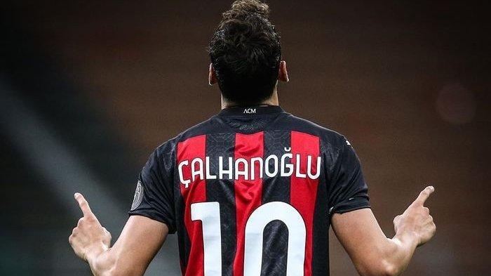 AC Milan vs Crotone Liga Italia, Ismael Bennacer dan Hakan Calhanoglu Bakal Kembali Tampil