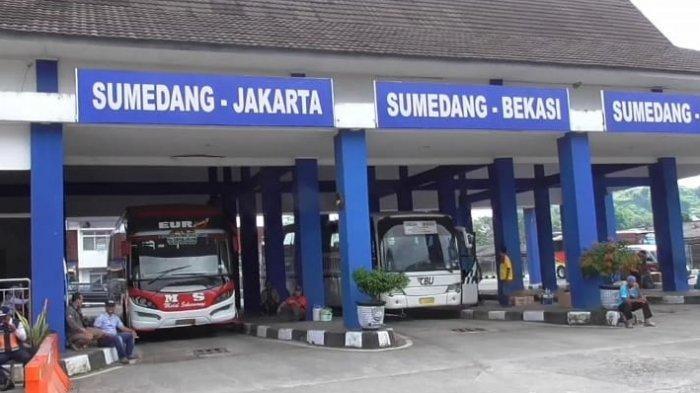 Hari Terakhir Long Weekend , Penumpang Bus di Terminal Ciakar Sumedang Melonjak