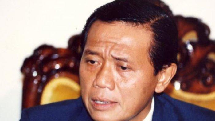 KABAR DUKA Harmoko Mantan Menteri Penerangan era Soeharto Meninggal Dunia Baru Saja