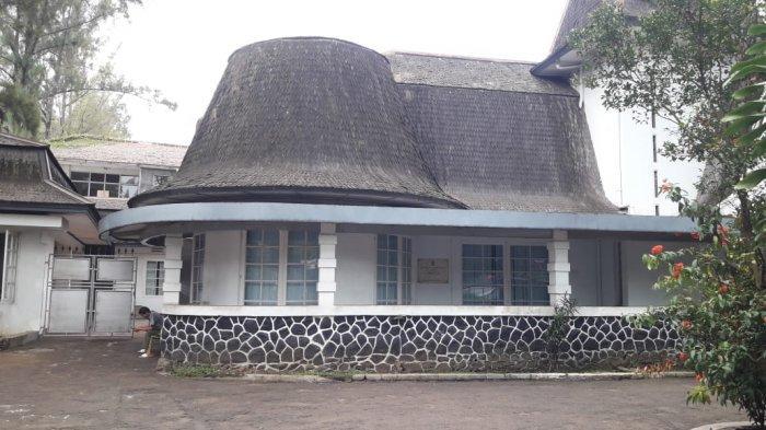 Hikayat Gedung Klasik Karya Arsitek Henri MacLaine Pont, Rumah Unik di Samping Kampus ITB 2