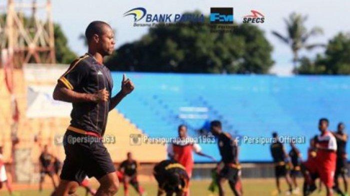 Hilton Moreira berlatih bersama Persipura Jayapura