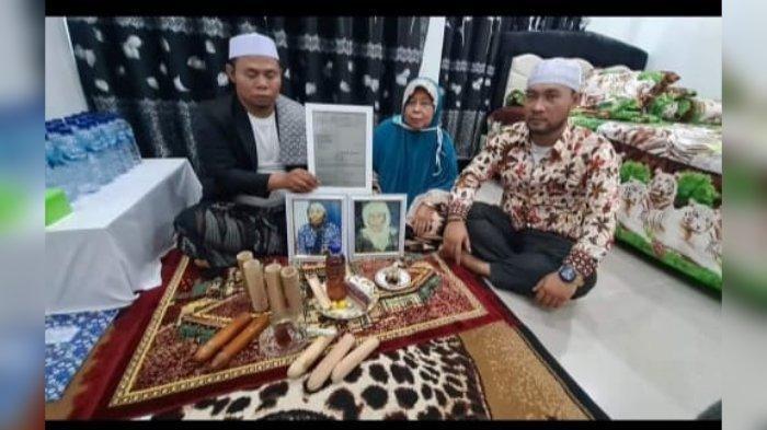 Melihat Pengobatan Alat Vital H.M Otong Pewaris Mak Erot di Sukabumi