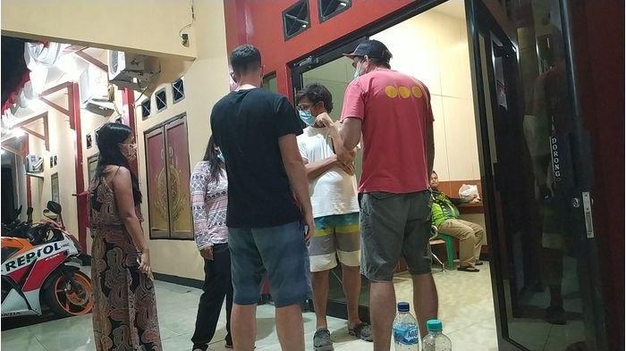 Heboh Bule Asal Spanyol Dipukuli Gerombolan Wisatawan Asal Jakarta di Ciracap Sukabumi