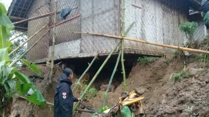 Hujan Deras Sebabkan Longsor di Sukabumi, Dua Rumah Rusak Berat