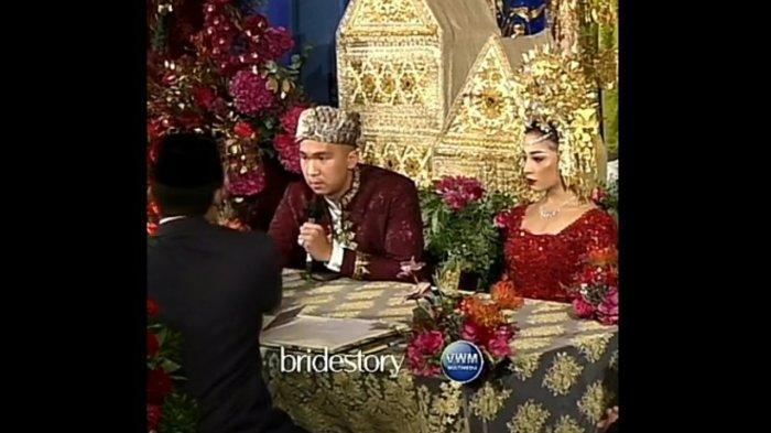 Prosesi ijab kabul Indra Priawan dan Nikita Willy