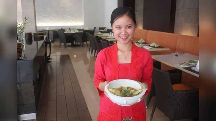 Mencicipi Ikan Garang Asem di Hotel Santika Cirebon, Cocok Buat Makan Siang