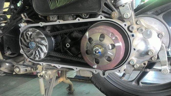 Jangan Dilakukan Lagi, Dua Kebiasaan Sepele Ini Bisa Bikin Komponen CVT Motor Cepat Rusak