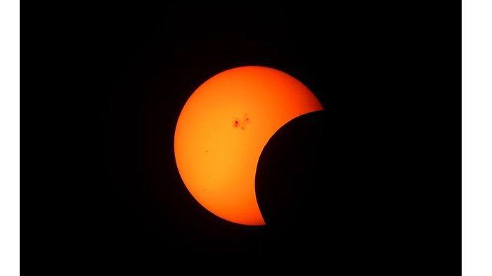 Gerhana Matahari Cincin pada 26 Desember 2019, Ini Niat dan Tata Cara Salat Gerhana