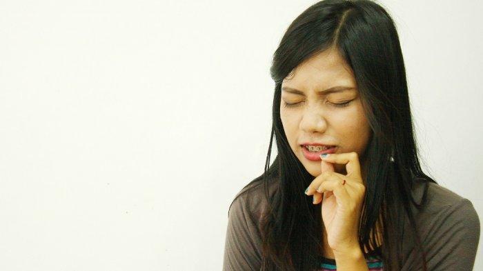 Mirip Sariawan, Ada Bercak Dilidah, Kadang Terasa Sakit, Covid Tounge Gejala Baru Corona Virus