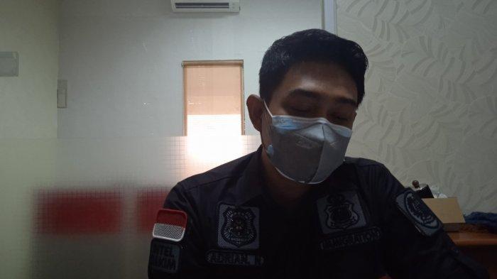 Kepala Sub Seksi (Kasubsi) Penindakan Imigrasi Kelas 1 Non TPI Karawang, Adrian Nugroho